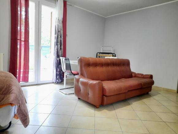 Pesaro - zona trebbiantico - appartamento in vendita