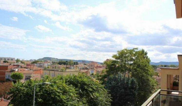 Pesaro - zona soria - schiera bifamiliare in vendita