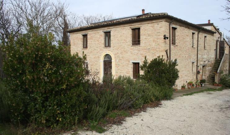 Urbino - zona  - rustico/casolare/cascina in vendita