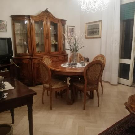 Pesaro - zona centro mare - appartamento in vendita