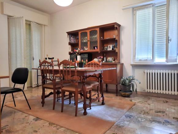 Pesaro - zona loreto - appartamento in vendita