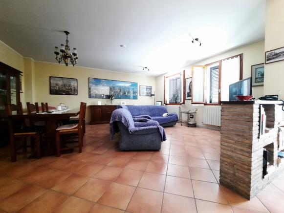 Pesaro - zona novilara - unifamiliare casa singola in vendita